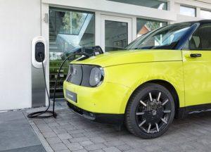 EUが35年に内燃機関車販売禁止 日本メーカーも電動化前倒し不可避